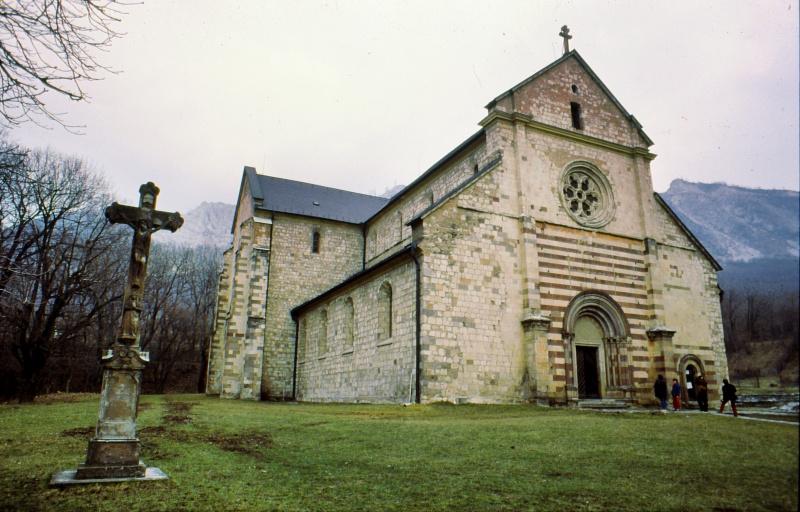 templomi kő
